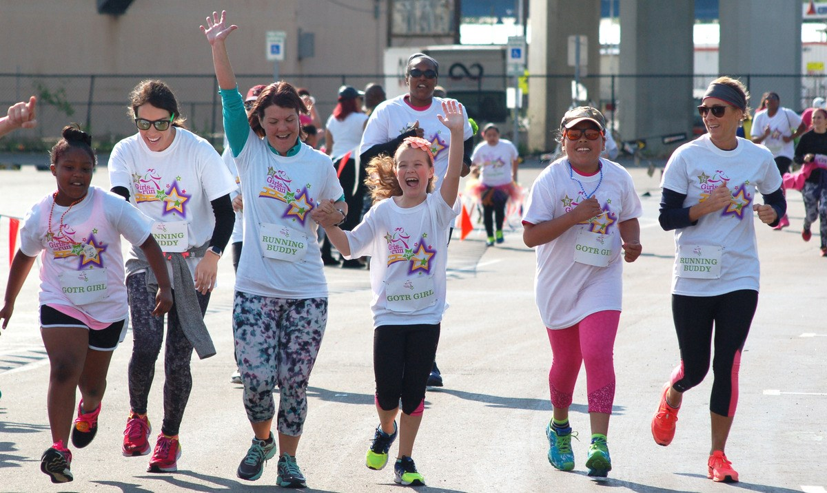 10 Anniversary Girls on the Run of Middle Tennessee Scholarship Fundraiser